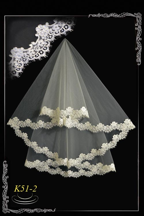 Veil made of lace chantilly K51-2